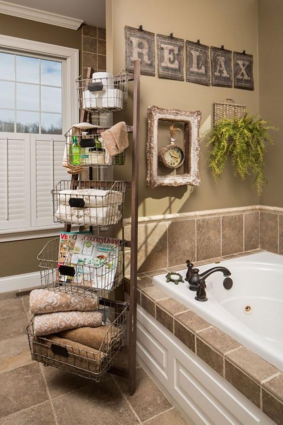 Bathroom Decor Ideas: Rack with Baskets