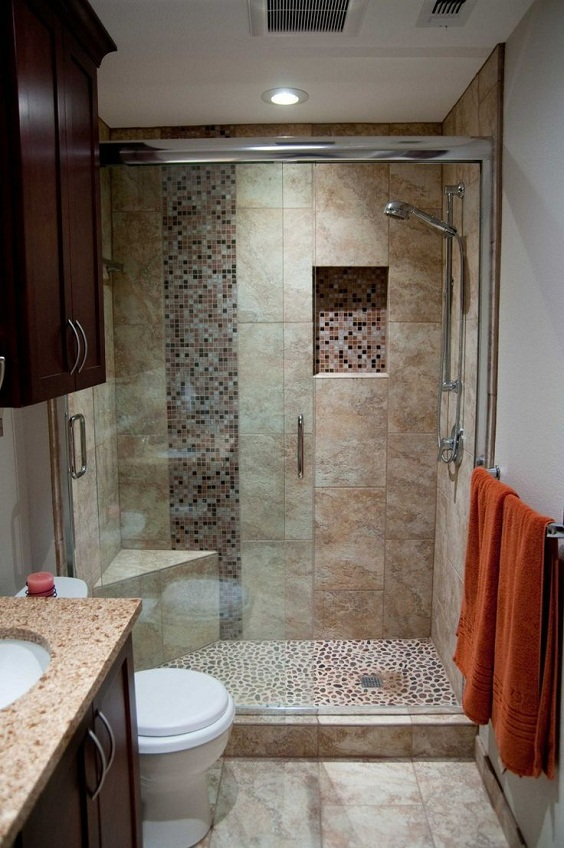 Bathroom Remodel Ideas: One Row of Different Tiles for the Wall