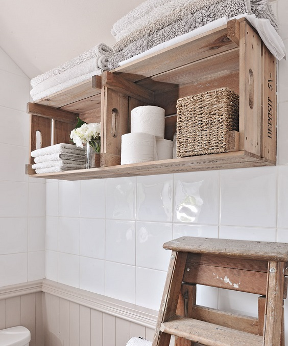 Bathroom Shelves Ideas: Make Use of Fruit Basket