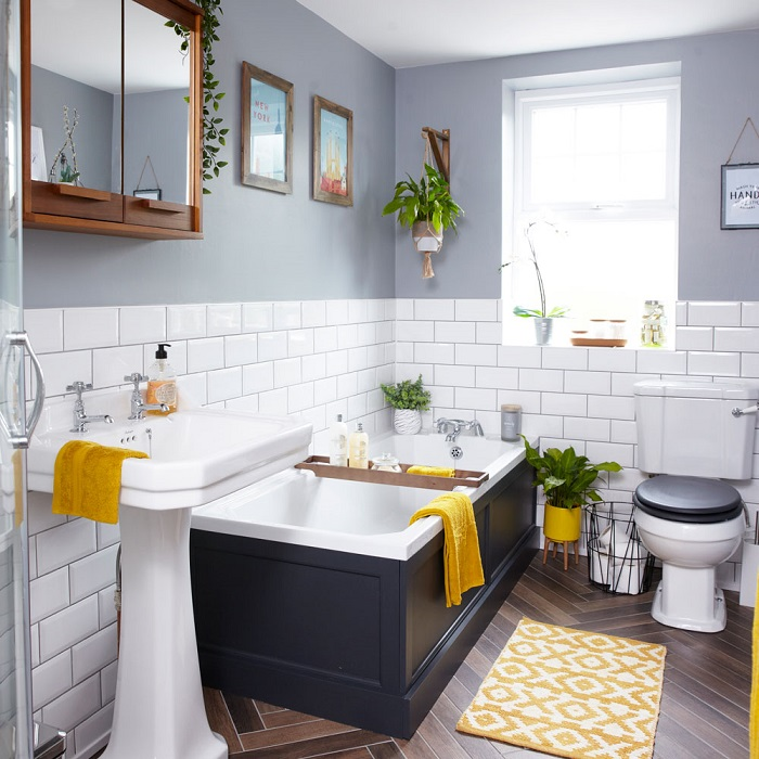 Bathroom Shelves Ideas: More Storage in the Bathroom