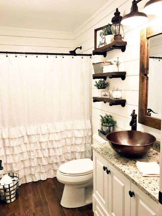 Farmhouse Bathroom Ideas: Small Space Bathroom