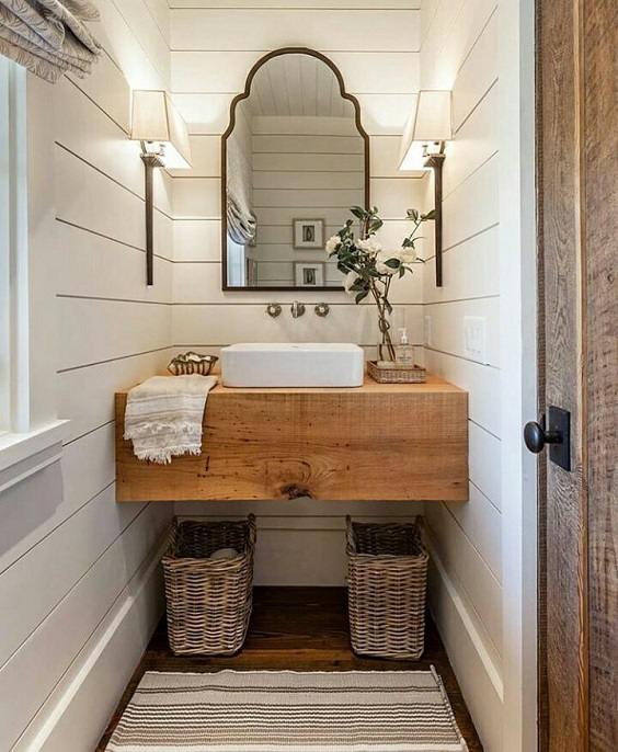 Farmhouse Bathroom Ideas: Natural Sink