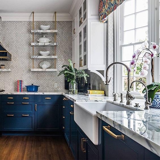 Kitchen Remodel Ideas: Historical Blue Cabinet