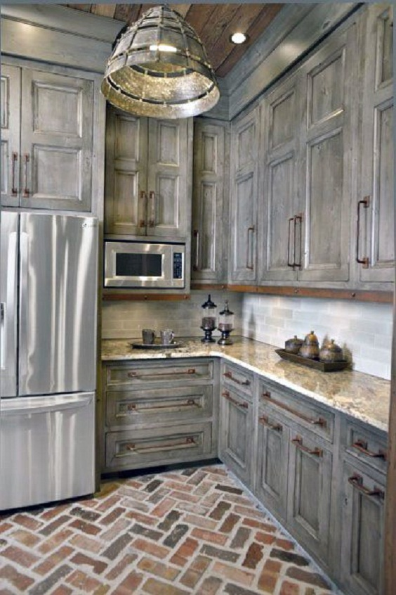 Kitchen Cabinet Ideas: Rustic Barn Wood