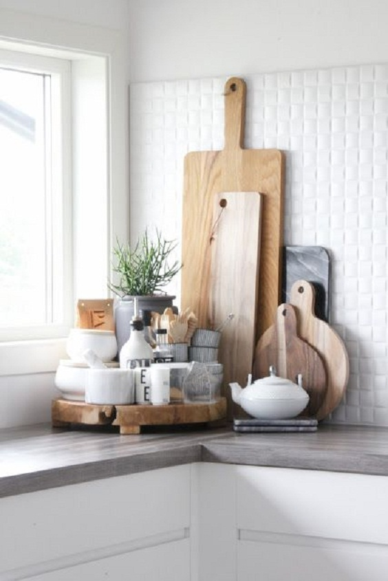 Kitchen Decor Ideas: Different Sizes of Cutting Boards