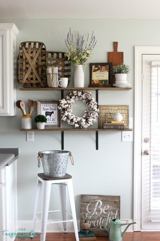 Kitchen Decor Ideas: DIY Shelves
