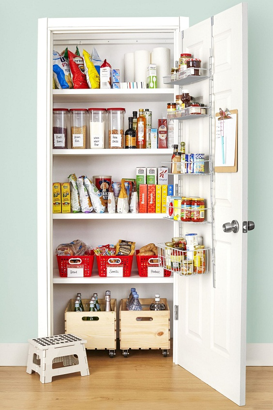 Kitchen Organization Ideas: Organized Snacks and Spices