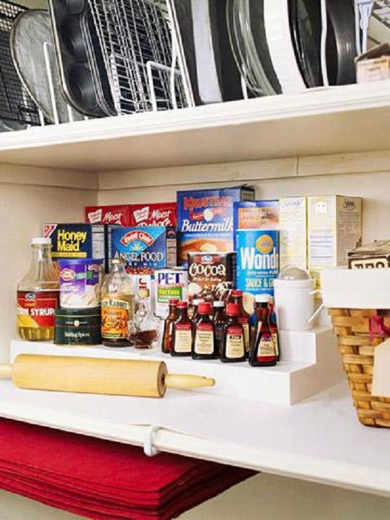 Kitchen Organization Ideas: Make Use of Corner Table