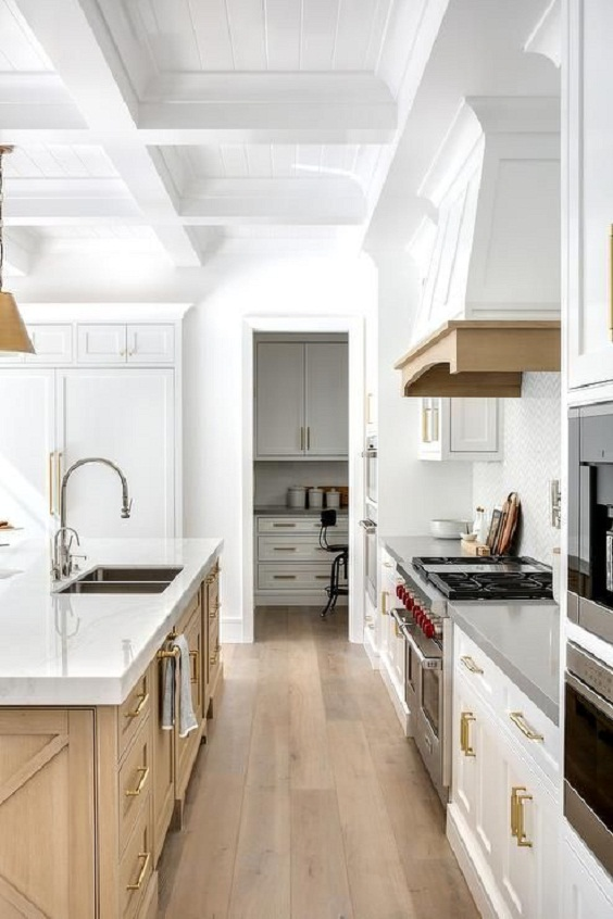 White Kitchen Ideas 2