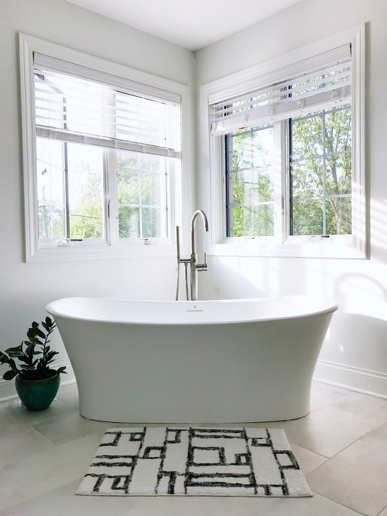 Master Bathroom Ideas: Bathtub at the Corner