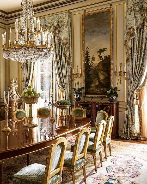 Traditional Dining Room Ideas 7