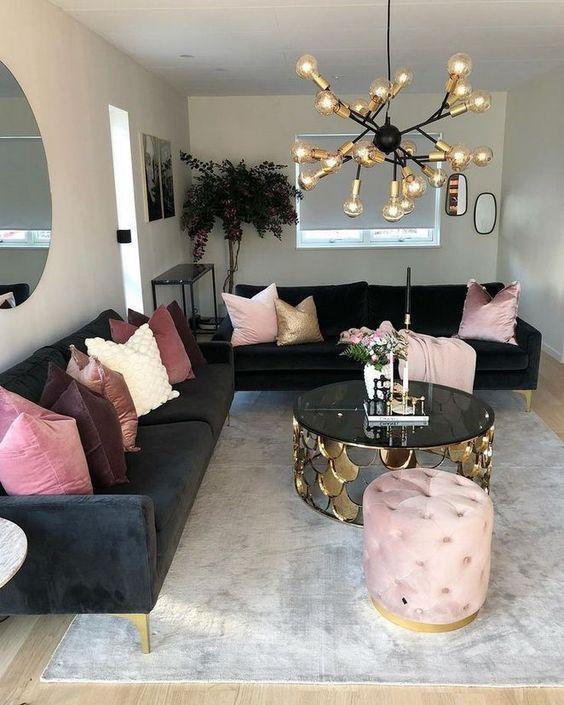 Neutral Living Room: Elegant Girly Decor