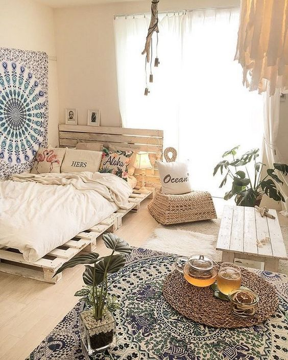 Bohemian Bedroom Ideas: Bright Earthy Decor
