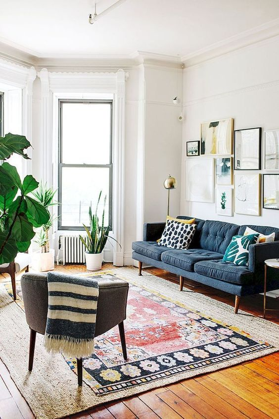 Eclectic Living Room: Elegant Earthy Decor