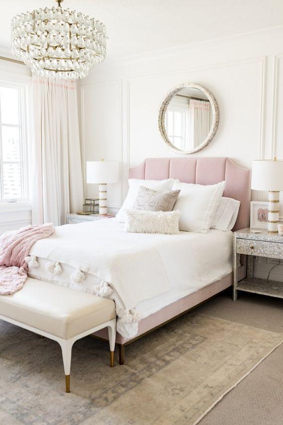 Minimalist Bedroom Ideas: Chic Glamorous Decor