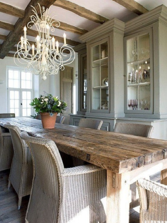 Rustic Dining Room Ideas: Long Rustic Table