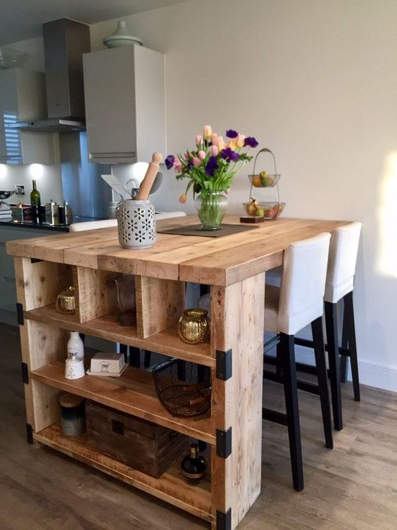 Small Kitchen Island: DIY Rustic Design
