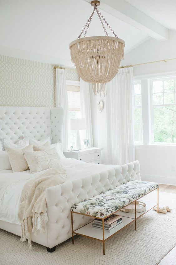 White Bedroom Ideas: Elegantly Attractive Decor