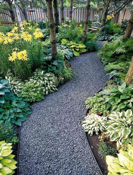 Backyard Landscaping Ideas: Elegant Earthy Pathway
