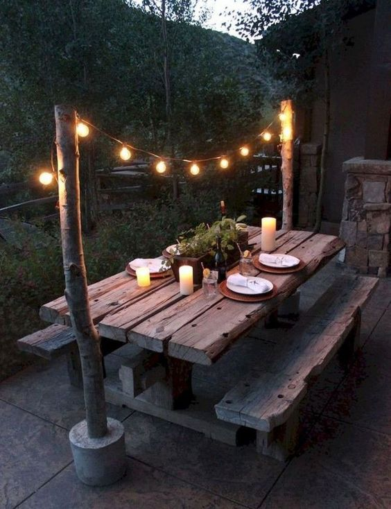 Backyard Patio Ideas: Rustic Dining Area