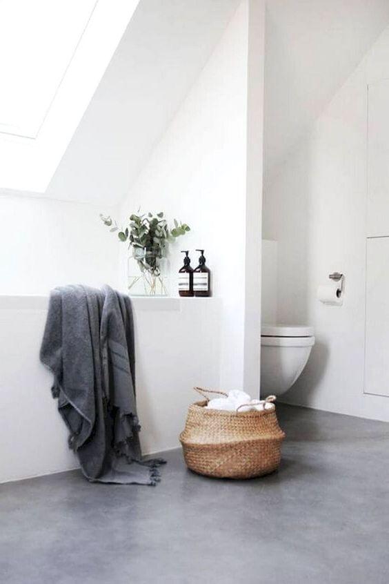 Bathroom Decor Ideas: Elegant Minimalist Style