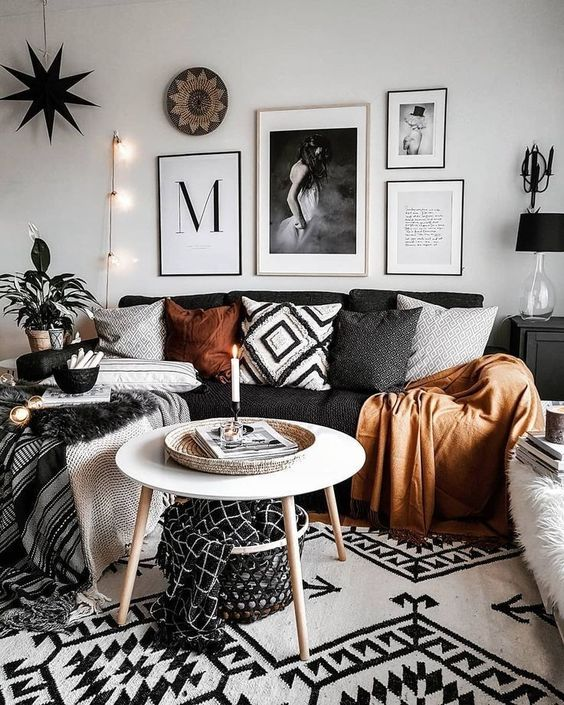 Living Room on a Budget: Festive Scandinavian Decor