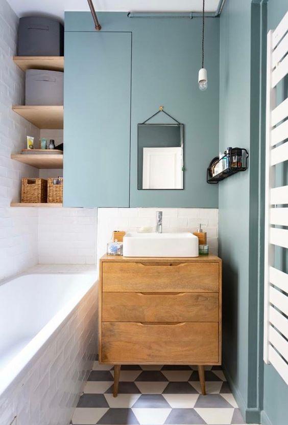 Small Bathroom Vanity: Modern Rustic Design
