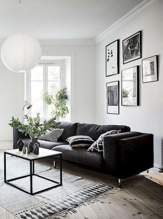 Black Living Room: Chic Rustic Decor