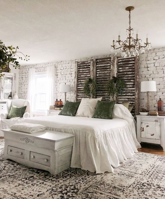 Farmhouse Bedroom Ideas: Warm All-White Decor