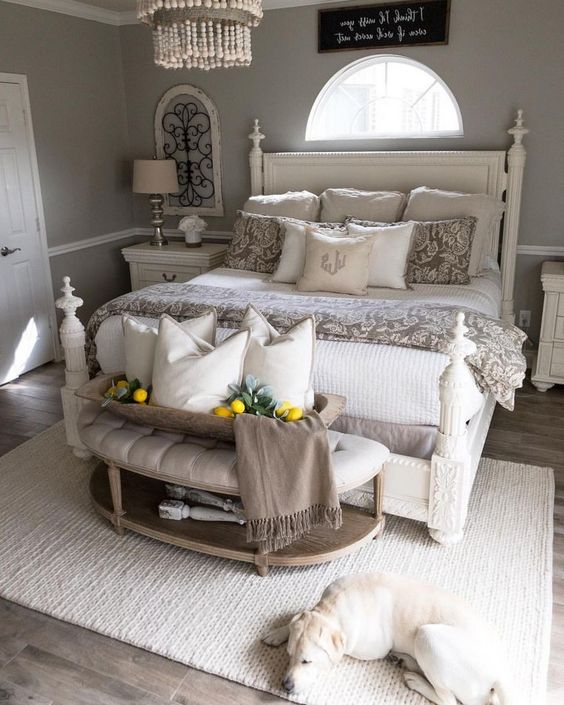 Farmhouse Bedroom Ideas: Attractive Neutral Decor
