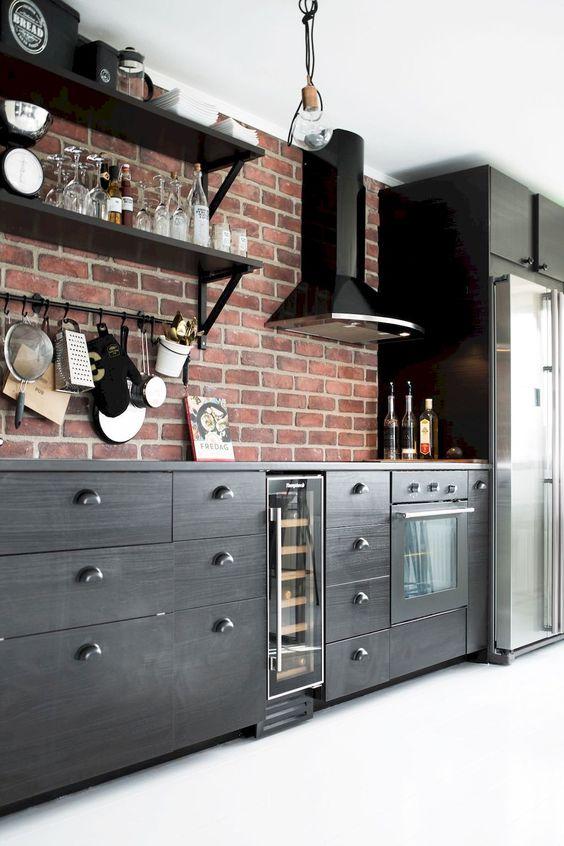 Industrial Kitchen Ideas: Bold Masculine Decor