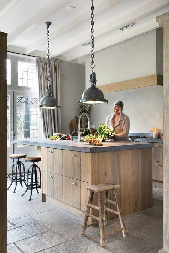 Industrial Kitchen Ideas: Modern Rustic Decor