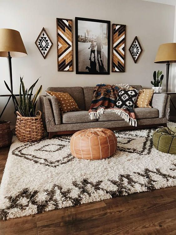 Living Room Apartment Ideas: Catchy Bohemian Decor