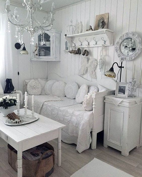 Shabby Chic Living Room Ideas: Lovely Bright Decor