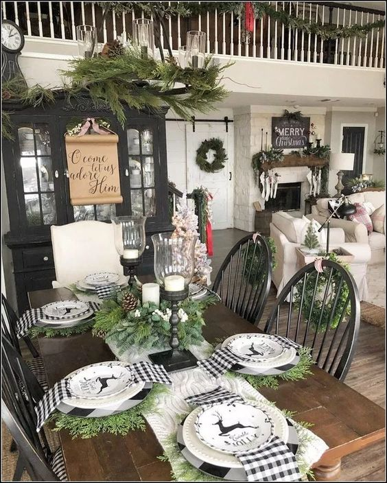 Christmas Dining Room Ideas: Chic Farmhouse Decor