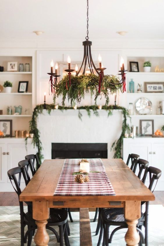 Christmas Dining Room Ideas 11