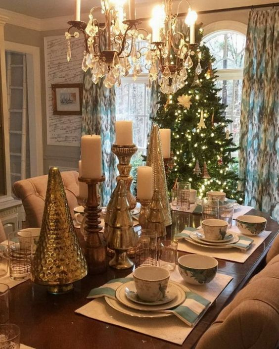 Christmas Dining Room Ideas 15