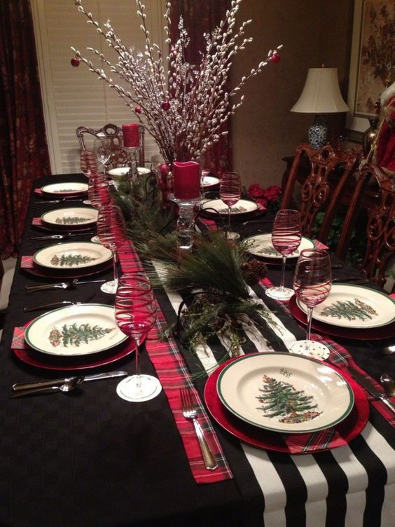 Christmas Dining Room Ideas 16