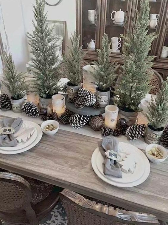 Christmas Dining Room Ideas 19