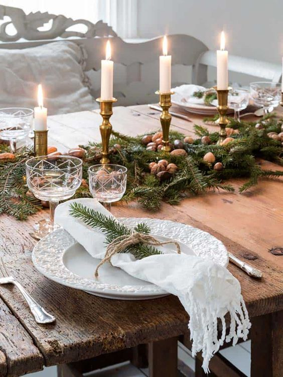 Christmas Dining Room Ideas 20