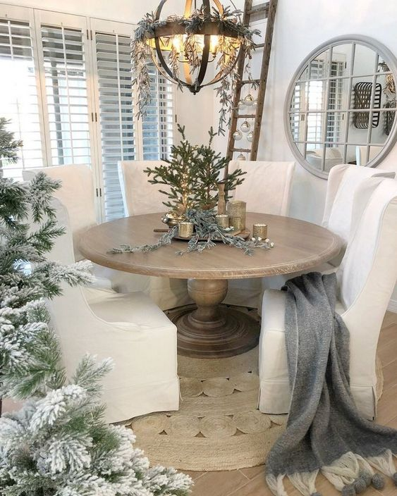 Christmas Dining Room Ideas 21