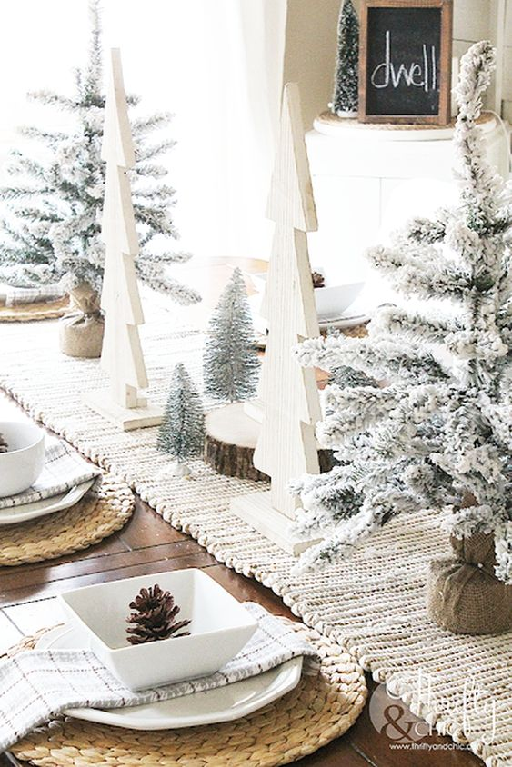 Christmas Dining Room Ideas: Gorgeous Earthy Decor