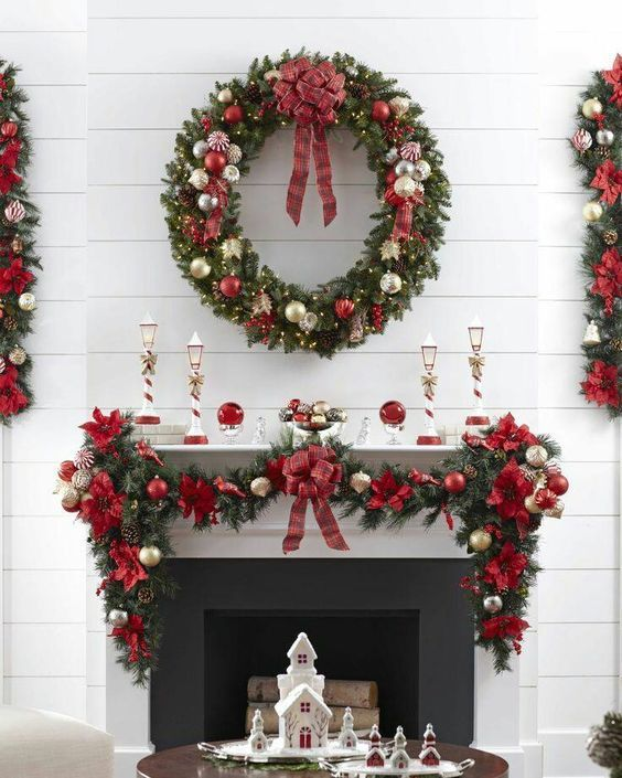 Christmas Living Room Ideas 17