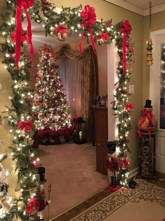 Christmas Living Room Ideas 19
