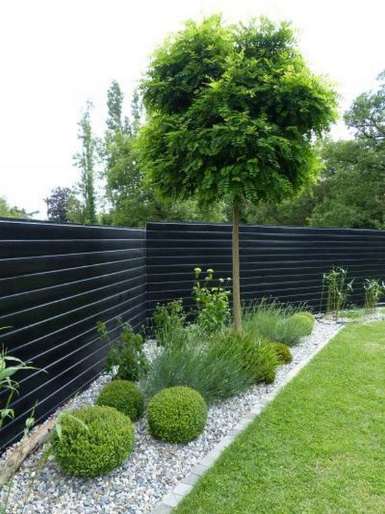 DIY Fence Landscaping 15