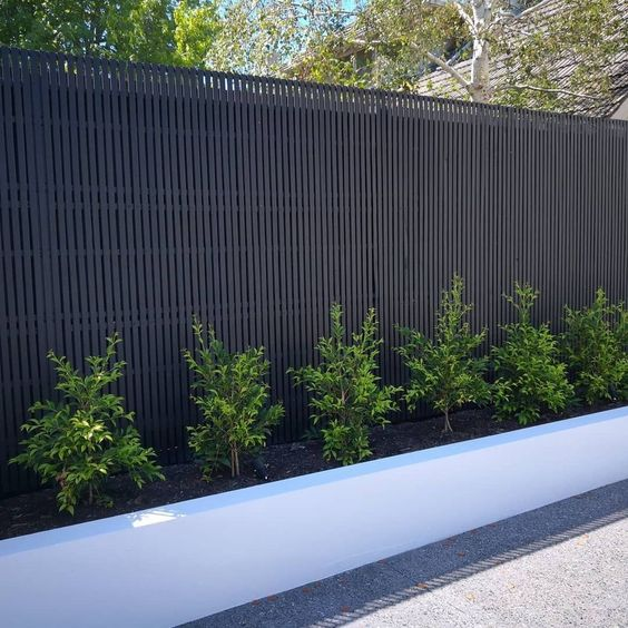 DIY Fence Landscaping 16