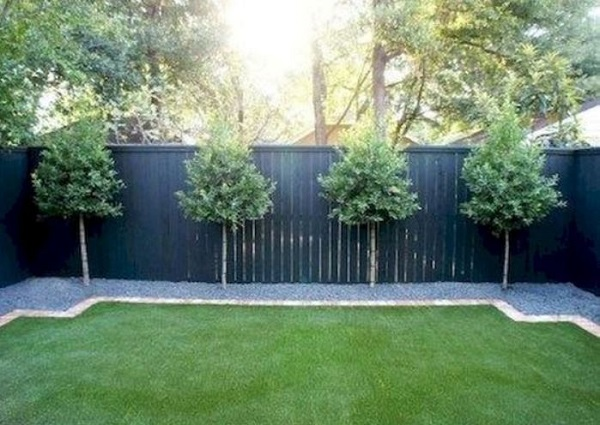 DIY Fence Landscaping feature