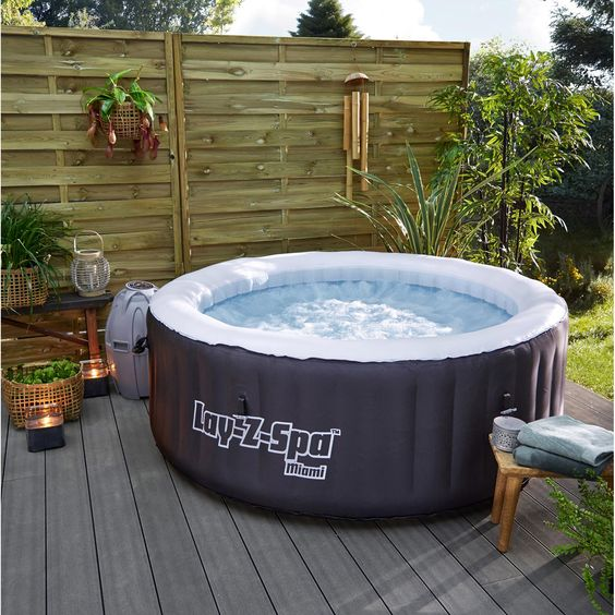 Hot Tub Patio Ideas 13
