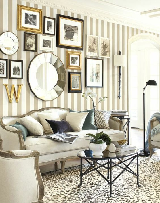 Living Room Wallpaper Ideas: Catchy Transitional Decor