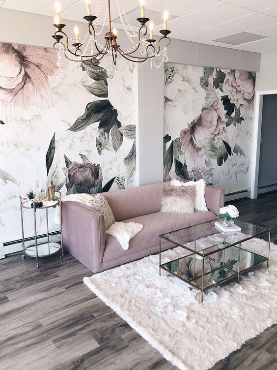 Living Room Wallpaper Ideas: Elegant Feminine Decor